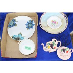 6 pcs. Of Dishware and Wall Pockets (Nippon, Alfred Meakin & Tuscan)