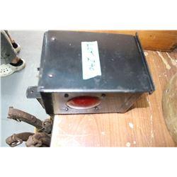 Old Box Signal Lamp