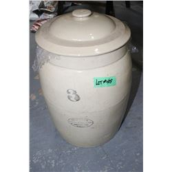 #3 Medalta Crock with a #2 Lid