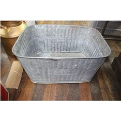 Rectangular Shaped Beatty Wash Tub - Made in Canada - Good Condition