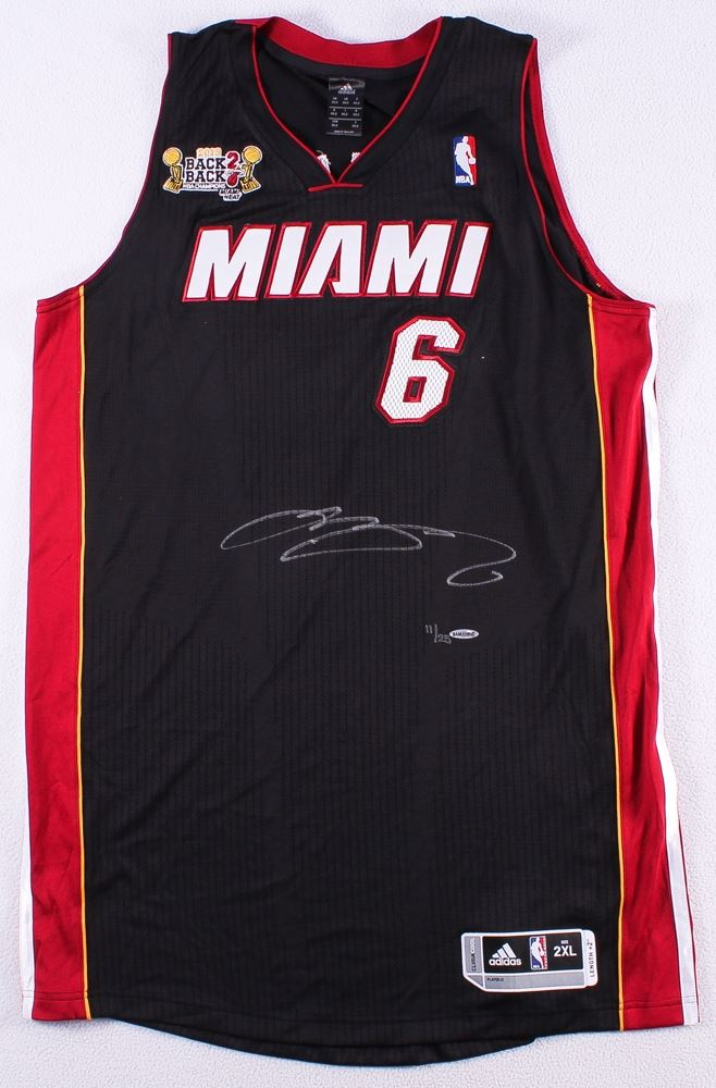 the best attitude c2a2a 5f567 LeBron James Signed LE Heat Adidas On-Court Jersey with ...