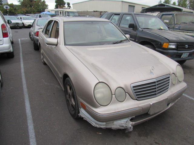 ... Image 2 : 2001 Mercedes Benz E320 ...