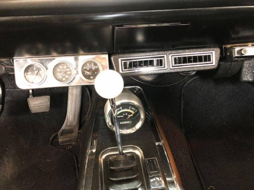 1966 Oldsmobile 442 4 speed