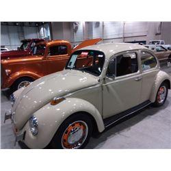 1970 Volkswagen Beetle 2-Door