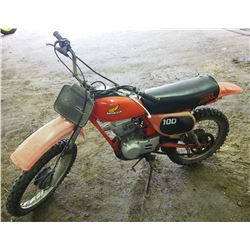 Honda XR100 Dirt Bike