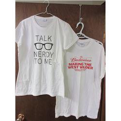 2 White Medium T-Shirts Women's