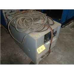 Lincoln Idealarc R3R-300 Variable Voltage DC Arc Welding Power Source