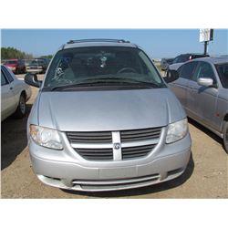 2006 Dodge Caravan, keys, as is, salvage VIN 1D4GP25R96B511414