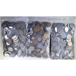 OVER  18 POUNDS FOREIGN COINS WELL MIXED