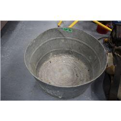 Small Round Galvanized Wash Tub
