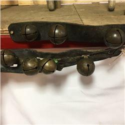 Pair of 4 Cut Sleigh Bells (Brass)