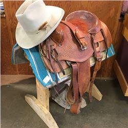 "15"" Saddle, Hat, Blanket, Stand"