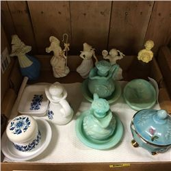 Tray Lot: Avon Collectibles