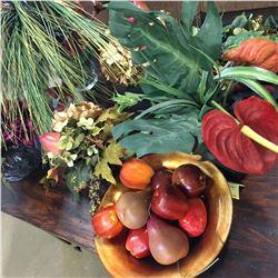 Home Décor Items (Artificial Plants & Flowers)