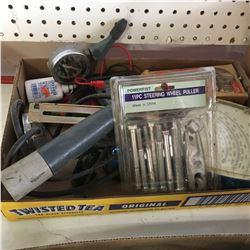 Tray Lot: Timing Light, Tack & Dwell Gauge, Steering Wheel Puller, etc