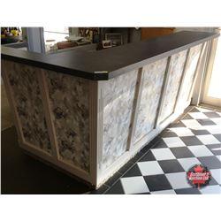 Store Counter & Retro Table