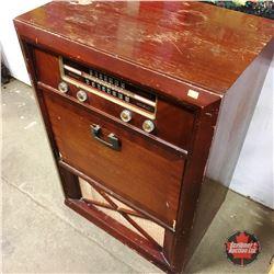 Cabinet Record Player & Radio