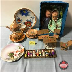 """Little Girls Grouping: Vintage Bisque Dolls/Figurines (2-1/2"""")  & Miniature Patio Set & 2 Very Old """""""