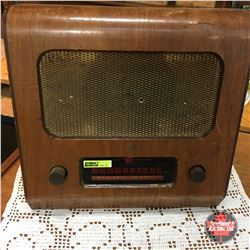 Wood Box Table Top Radio  Pye