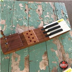 "Repurposed ""Piano Keys"" Key Holder"