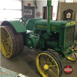 "John Deere D ""Unstyled"" Tractor 1929 Steel Wheel (Not Running - Not Seized)"