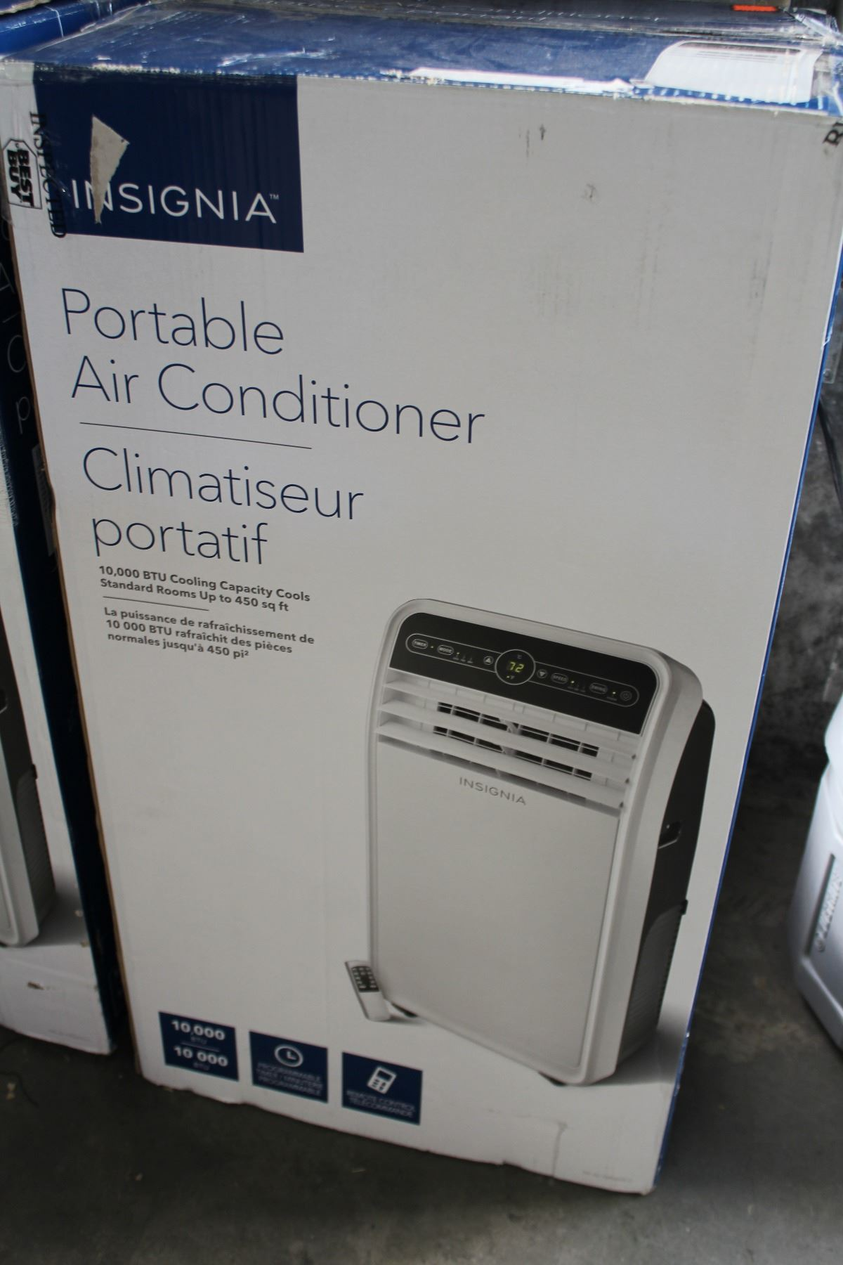 NEW OPEN BOX INSIGNIA 10000 BTU PORTABLE AIR CONDITIONER, COMPLETE WITH ALL  ORIGINAL ACCESSORIES
