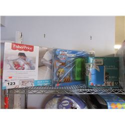 FISHERPRICE ROCK N PLAY SOOTHING SEAT, PAW PATROL ROCKYS PUP PACK & INFANTINO FLIP 4-IN-1