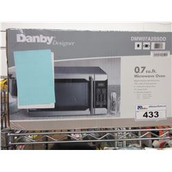DANBY 0.7 CU FT STAINLESS STEEL MICROWAVE OVEN