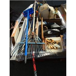 PALLET LOT OF ASSORTED GENERAL HOUSEHOLD ITEMS