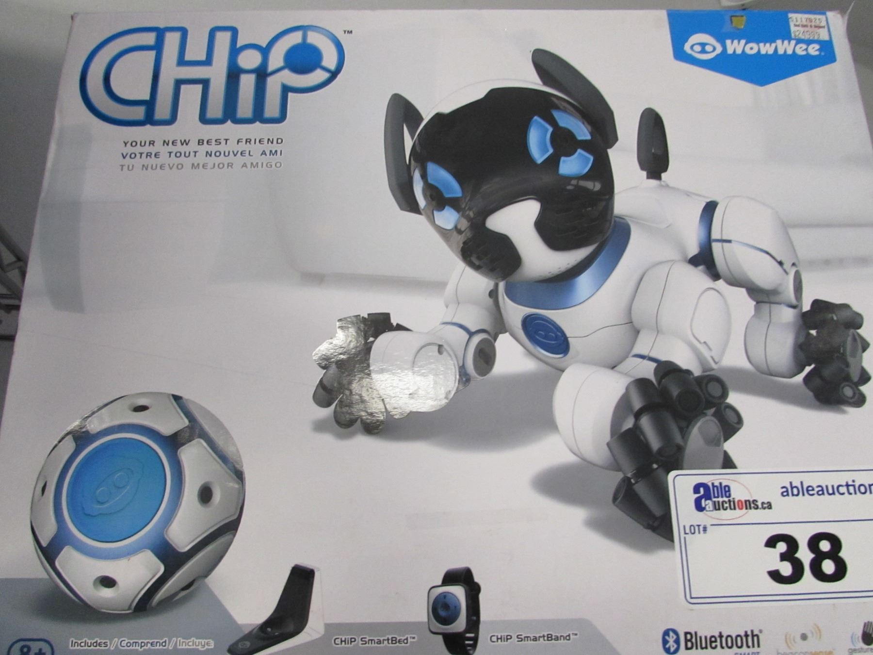 WOWWEE CHIP THE BLUETOOTH ROBOTIC DOG