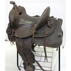 Victor Ario Highback Saddle