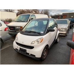 2009 SMART CAR, 2DR HATCH, WHITE, VIN # WMEEJ31X89K219775