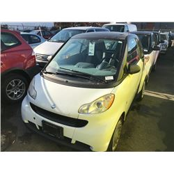 2009 SMART CAR FOR TWO, 2DR HATCH, WHITE, VIN # WMEEJ31X49K271758
