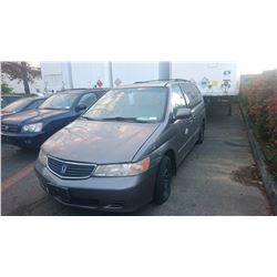 1999 HONDA ODYSSEY, GREY, GAS, AUTOMATIC, *NO KEYS, NOT ROADWORTHY MUST TOW*REBUILT*,
