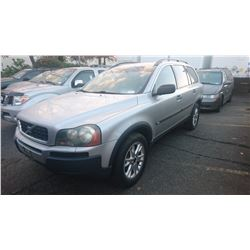 2004 VOLVO XC90, GREY, GAS, AUTOMATIC, *HAS KEYS, NOT ROADWORTHY MUST TOW*,