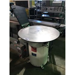 WHITE AND STAINLESS FS-U INDUSTRIAL FEED SYSTEMS PACKAGING MACHINE