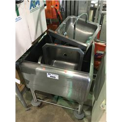 STAINLESS STEEL MOBILE TUB WITH 2 HANDWASH SINKS
