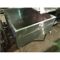 LARGE STAINLESS INDUSTRIAL SINK