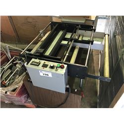 MOBILE PNEUMATIC  PLASTIC CUTTING TABLE