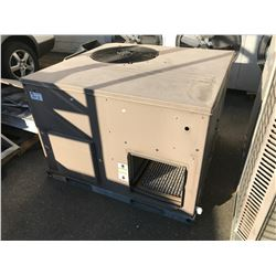YORK OUTDOOR ROOFTOP AC UNIT - MODEL: D1EB024A0GB