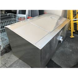 LARGE STAINLESS STEEL FUME HOOD