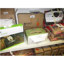 LOT OF ASSORTED PET FURNITURE & SUPPLY