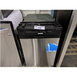 FRIGIDAIRE APARTMENT SIZE STAINLESS STEEL DISHWASHER - MODEL: FFB01821MS1B