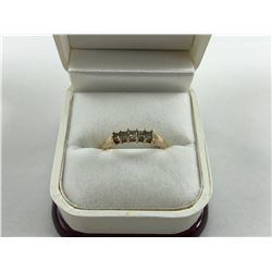 10K YELLOW GOLD RING WITH 5 DIAMONDS