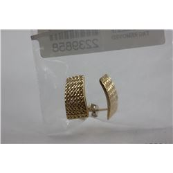BRAND NEW 9K YELLOW GOLD EARRINGS WITH BUTTERFLY AND POST BACKS