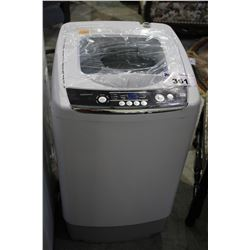 INSIGNIA 0.9 CU FT PORTABLE CLOTHES WASHER