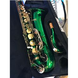 CECILIO MENDINI MTS-GL+92D GREEN LACQUER B FLAT SAXOPHONE, ACCESSORIES & SPEAKER BOX