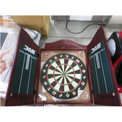 NEW DMI RECREATIONAL DARTBOARD SET