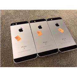 3X APPLE IPHONE SE, SPACE GREY, PASSCODE/ICLOUD UNLOCKED, CAPACITY UNKNOWN, AS-IS