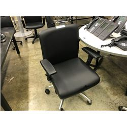 BLACK LEATHER MID-BACK EXECUTIVE CHAIR (S1)